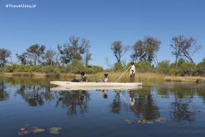 Gliding on the Okavango aboard a mokoro